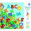 Djeco Drevené magnetky Veľké písmená, 83 ks